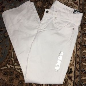 GAP 1969 White Sexy Boot Jeans